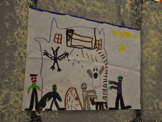 Reggio Emilia, lavaggi del cervello e scosse elettriche sui minori da dare in affido